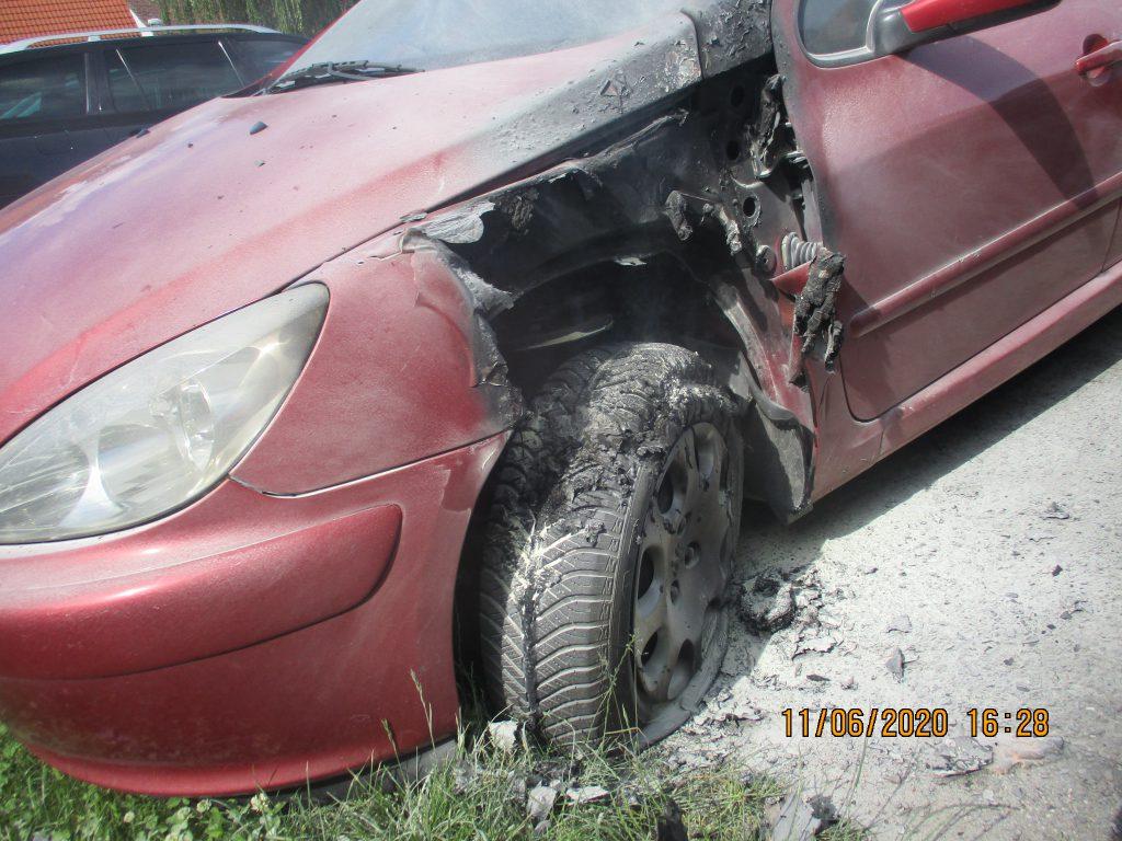 Požár osobního vozidla